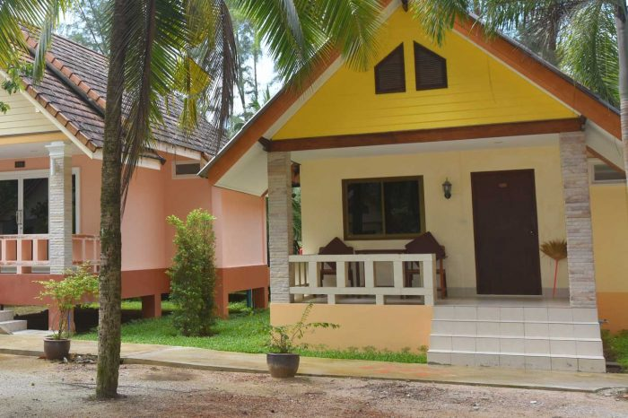 Standard bungalow at Ao Thong Beach